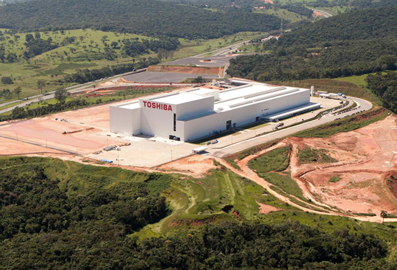 Planta Industrial Toshiba